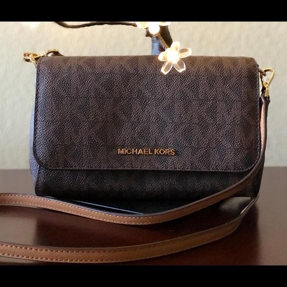 907d0a1d4dcb24 Michael Kors Bags | Nwt Brown Convertible Pouchette | Poshmark